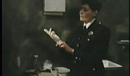 Radmila Masturbação chapéu em gato Runet gozada no cu amador