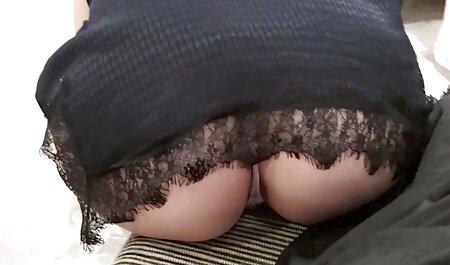 Sexo no sofá amadoras videos de uma transsexual e bonita menina