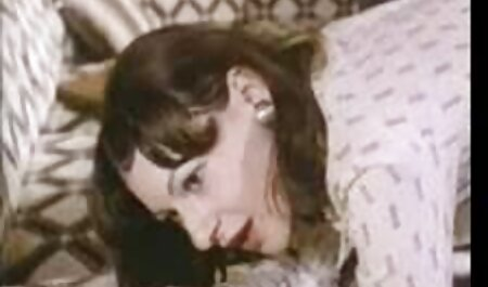 Samantha traços de sua buceta videos amadores de sexo anal molhada
